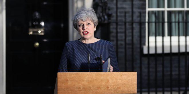 تيريزا ماي تدعو إلى انتخابات مبكرة في بريطانيا