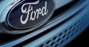 فورد تستدعي عشرات الألوف من سياراتها لعيوب صناعية