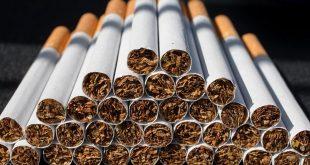 """بريطانيا تشن """"حرباً شعواء"""" على التدخين"""