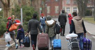 ألمانيا تعيد دراسة عشرات آلاف طلبات اللجوء