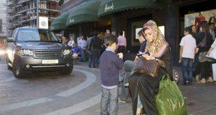 كيف تنفق الزوجات أموال أغنى الرجال العرب في لندن و العالم؟