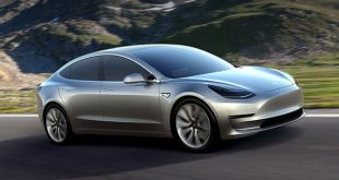 """5 مزايا لا تفوتها في سيارة """"تيسلا"""" الجديدة Model 3"""