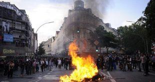 تواصل عمليات الكر والفر بين الشرطة والمتظاهرين في هامبورغ