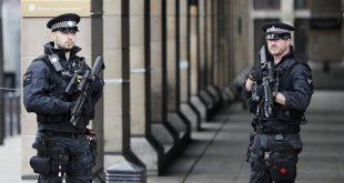 شرطة لندن تعتقل مراهق آخر للاشتباه بتورطه في هجوم بمواد حارقة