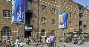 (لندن دوكلاندز) من مستودع إلى واحد من أشهر متاحف المدينة