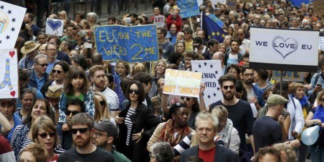 122 ألف مواطن أوروبي غادروا بريطانيا