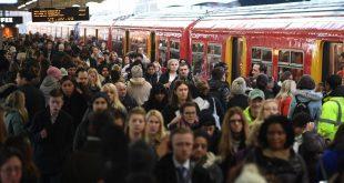 راكبي السكك الحديدية في لندن يدفعون رسوم أعلى بأربعة أضعاف من الأوربيون