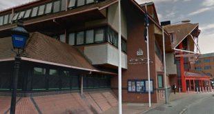موظفو شرطة العاصمة متهمين بقتل شخص مشرد خارج مركز غرب لندن