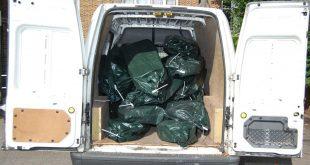 حراس أمن يسرقون 7 ملايين جنيه استرليني من شاحنة تحت حراستهم