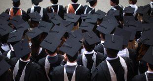 تلميح للحكومة بالعدول عن إلغاء منح قروض الإعانات الإضافية Maintenance grants المقدمة للطلاب الأكثر فقرًا