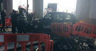 """سيارة أجرة سوداء تدهس 4 مشاة في كوفنت غاردن """"Covent Garden"""""""