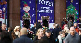 كم يقترض البريطانيون من البطاقات الائتمانية في فترة عيد الميلاد؟