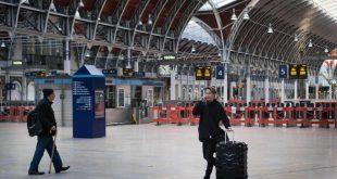 كل ما تريد معرفته عن شبكة السكك الحديدية في لندن خلال فترة عيد الميلاد