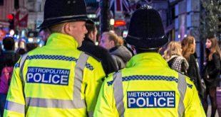 ما هي أجور ضباط الشرطة البريطانية لساعات العمل الإضافية ؟