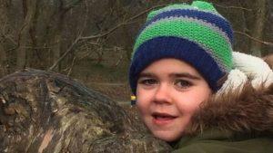 """هل يسهم مرض الطفل """"ألفي"""" في ترخيص القنب للعلاج في بريطانيا؟"""