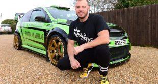 بالصور: رجلاً مهووس بالسيارات ينفق 100.000£ لتعديل سيارة يبلغ سعرها 30.000£