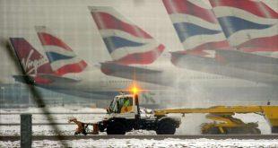 8 درجات تحت الصفر.. الثلوج تشل مطارات لندن