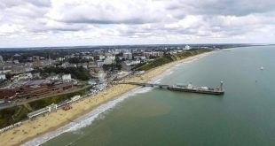 أفضل الشواطئ في بريطانيا تتحول إلى أماكن مليئة بالموتى