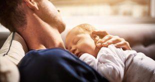 دراسة: يفقد الآباء والأمهات الجدد 50 ليلة كاملة من النوم خلال السنة الأولى للطفل
