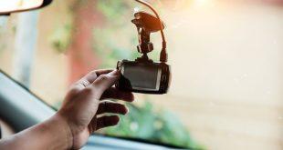 المزيد من السائقين البريطانيين يستخدمون كاميرات المراقبة لمراقبة رحلاتهم
