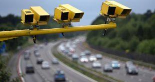 تعرف على الحد الأقصى للسرعة على الطرق المزدوجة والسريعة في المملكة المتحدة .. وما تعنيه العلامات الموضوعة في الطرق؟
