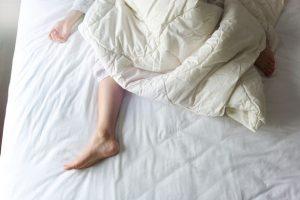 دراسة: موجة الحر الصيفية سلبت من البريطانيين حوالي 125 ساعة من وقت نومهم