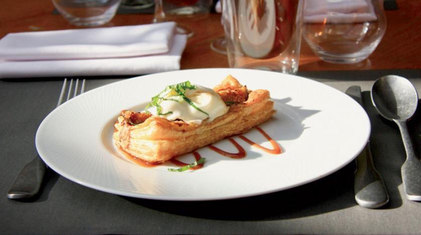 تعرفوا على تجربة و وجبات مطعم (باسترونوم )الجديدة في لندن؟