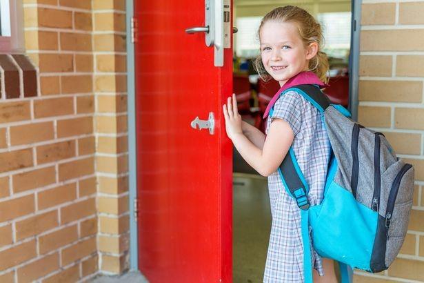 تعرّف على أهم الأشياء التي يرغب الآباء في معرفتها قبل ذهاب أطفالهم إلى المدرسة لأول مرة