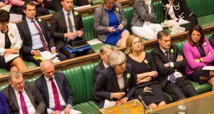 حزب المحافظين يضغط على ماي لتحديد موعد استقالتها بسبب البريكست