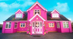 بالصور: امرأة تحول منزلها بالكامل إلى اللون الوردي لتأجره مقابل؟