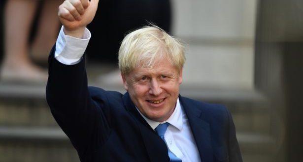 رئيس الوزراء بوريس جونسون يغادر العناية المركزة