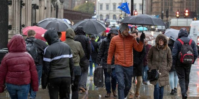 الأرصاد الجوية تحذر من أمطار رعدية شديدة في لندن في نهاية الأسبوع