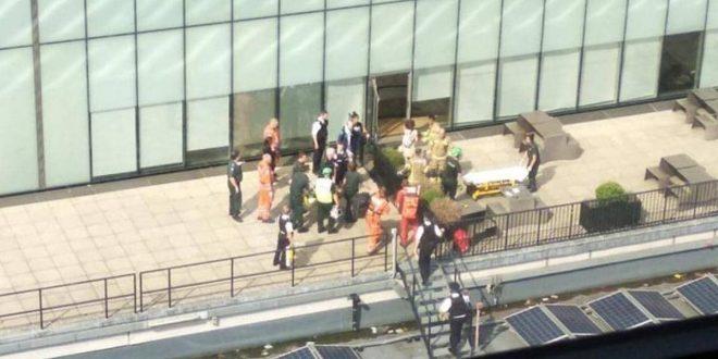 إلقاء طفل من الطابق العاشر بمعرض في لندن.. وحالته حرجة
