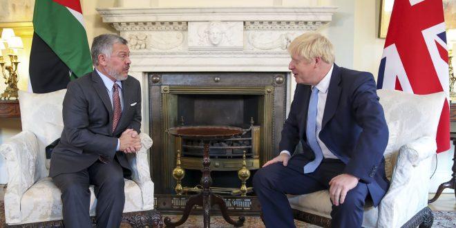 الملك الأردني عبد الله الثاني يلتقي رئيس الوزراء البريطاني في لندن