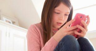 دراسة: الطفل البريطاني يحصل على أول هاتف محمول له في سن 11 عاماً