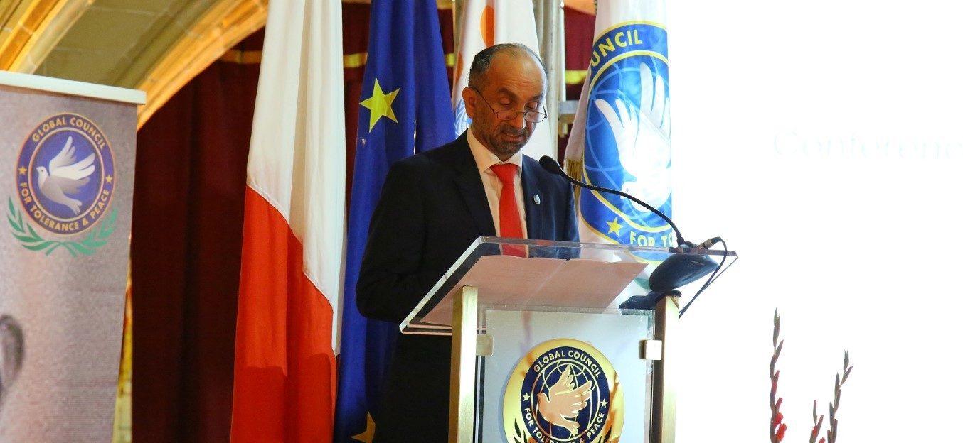 المجلس العالمي للتسامح والسلام يشيد بجهود الإمارات في مكافحة كورونا