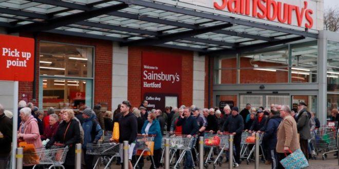إعادة افتتاح آلاف المتاجر في بريطانيا بشرط الالتزام بالإجراءات الوقائية في يونيو المقبل