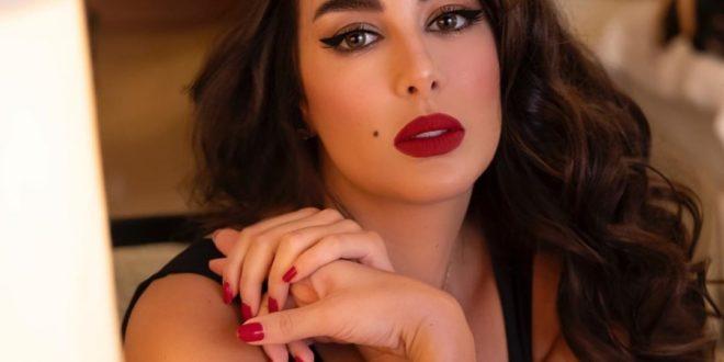 ياسمين صبري تستعرض رشاقتها عبر الانستغرام.