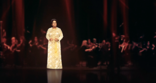 حفل فني مباشر في دبي يستضيف ام كلثوم على المسرح