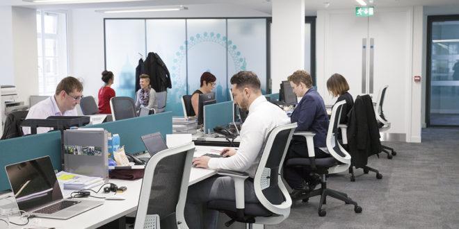 بريطانيا: إلغاء 730 ألف وظيفة منذ آذار بسبب كورونا