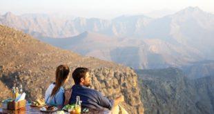 السياحة في الامارات تعود تدريجياً مع اقبال متزايد على جبل جيس في عطلة العيد