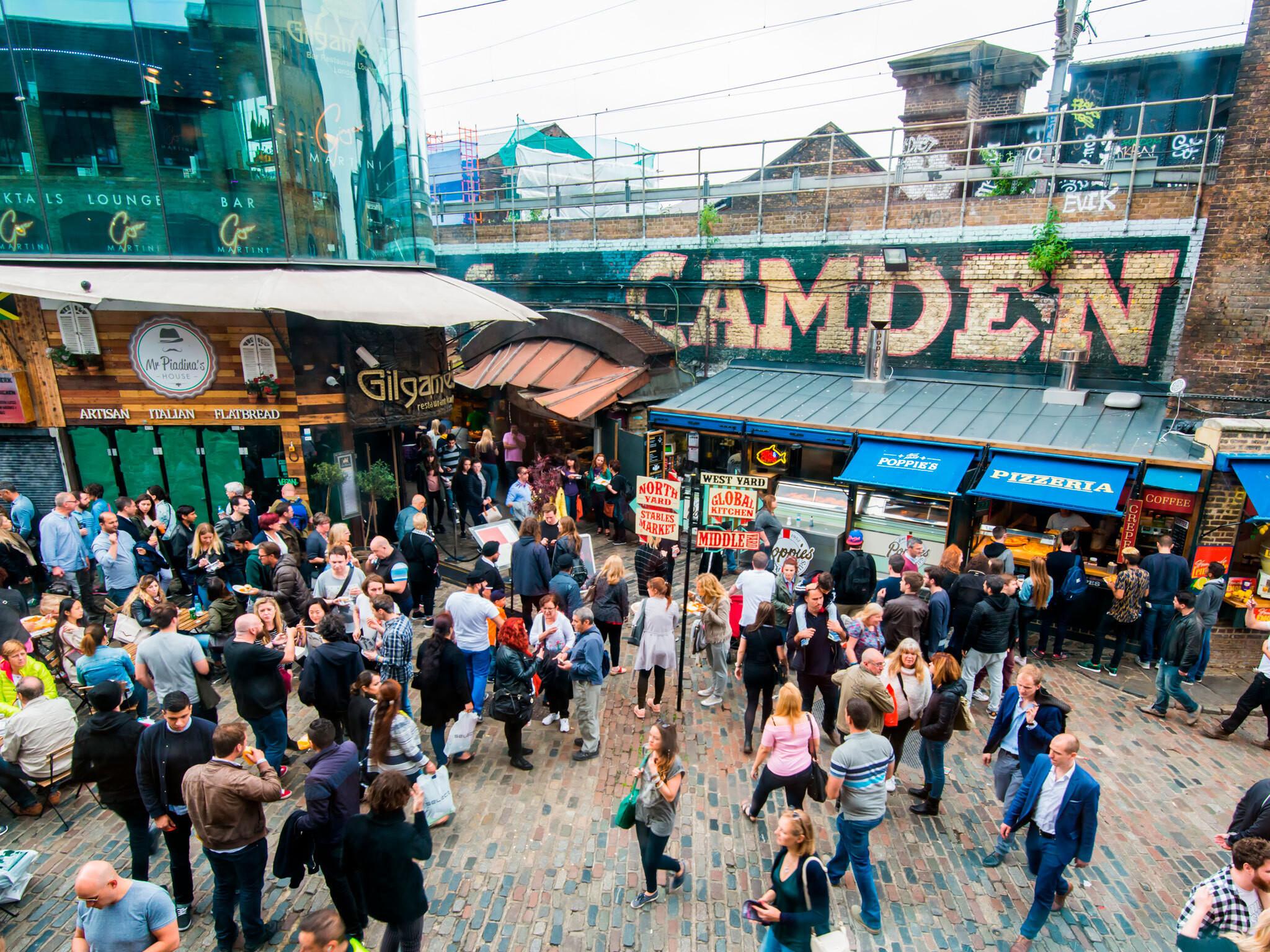 """تعرف الى""""كامدن تاون""""، اشهر المقاصد السياحية في لندن"""