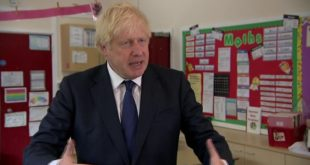 """بوريس جونسون:""""إعادة فتح المدارس أولوية وطنية"""""""
