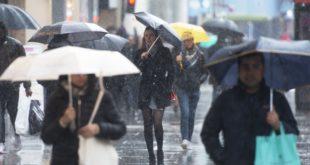 """بريطانيا تشهد تقلبات جوية وسطر تحذيرات من العاصفة """"ايلين"""" الباردة"""