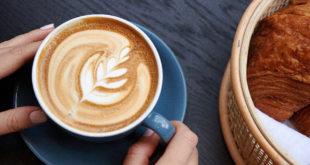 يسافرون عدة ساعات لتذوق كوب واحد! .. مقهى في لندن يقدم نوعاً نادراً من القهوة
