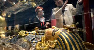 متاحف الغردقة وشرم الشيخ في مصر تعرض آثار ومقتنيات الفرعون الذهبي القادمة من لندن