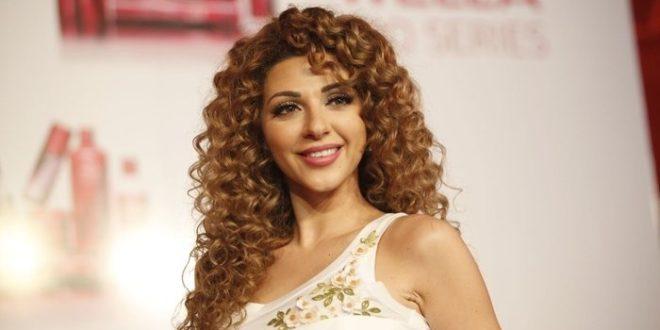 """ميريام فارس ترد على مايا دياب """"هكذا أتذكر بيروت"""""""