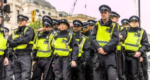 مقتل شرطي بريطاني في لندن .. واعتقال مُطلق النار الذي أصاب نفسه