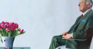 دار الأوبرا الملكية بلندن تبيع لوحة هوكني للنجاة من أزمة فيروس كورونا.