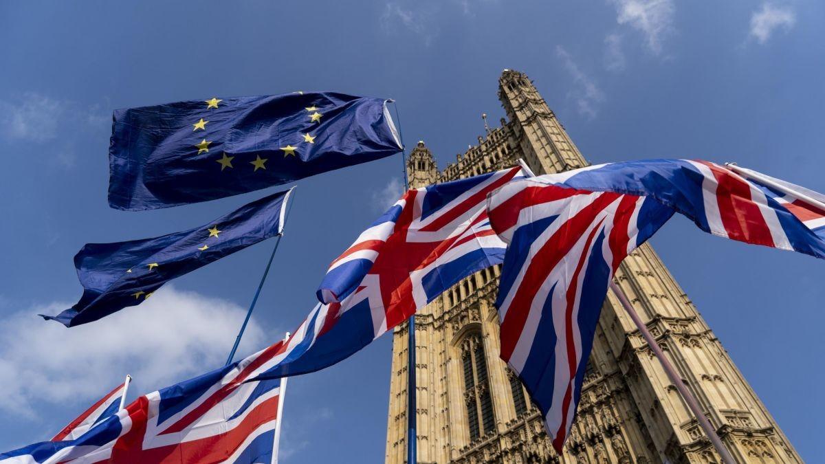 كيف تستثمر خلال خروج بريطانيا من الاتحاد الأوروبي؟ نظرة خارج المملكة المتحدة، وآراء مديري الصناديق
